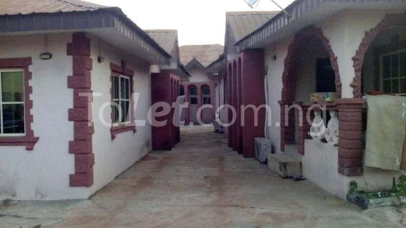9 bedroom House for sale Adjascent Nurdork gas filling stations Bcj Apata Ibadan Apata Ibadan Oyo - 3