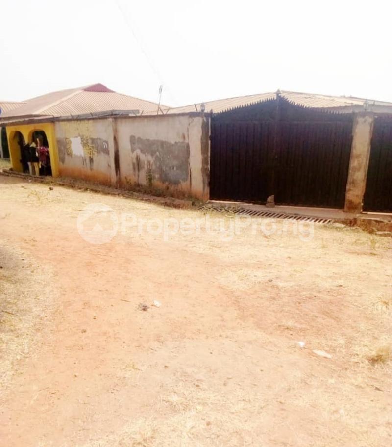 Flat / Apartment for sale  apata area ibadan  Ido Oyo - 11