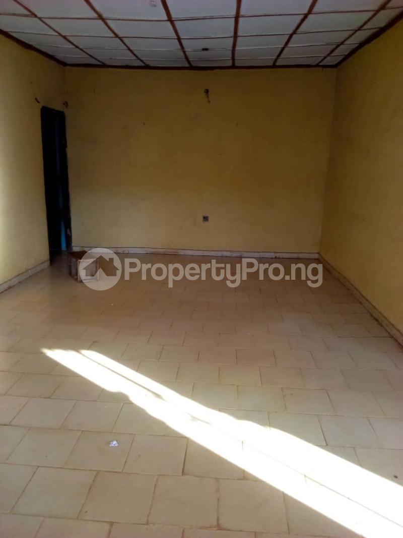 Flat / Apartment for sale  apata area ibadan  Ido Oyo - 4