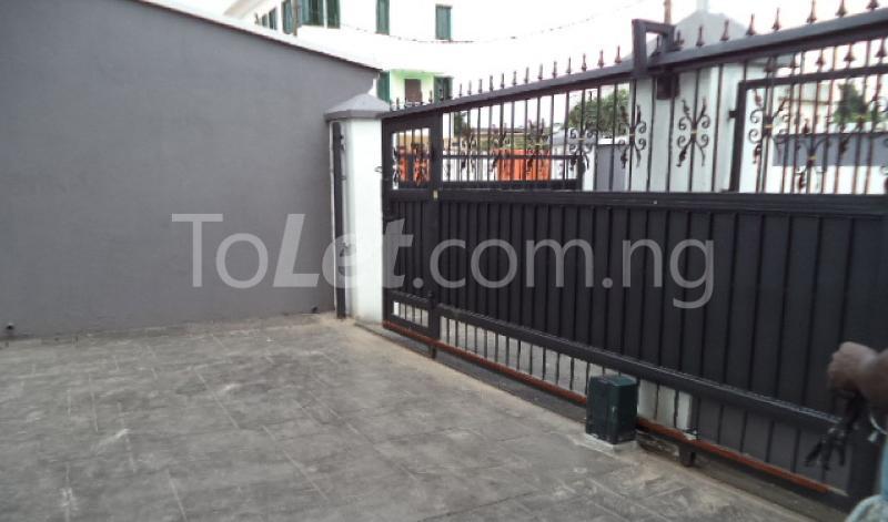 5 bedroom House for sale  Off Sobo Arobiodu Street Ikeja G.R.A Ikeja Lagos - 11