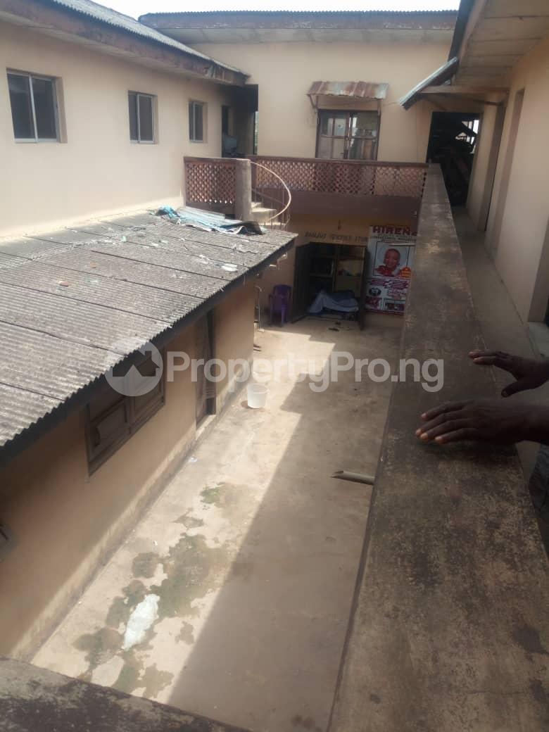 Co working space for sale No2, Olunloyo Street along old Lagos road new garage ibadan Ibadan Oyo - 2