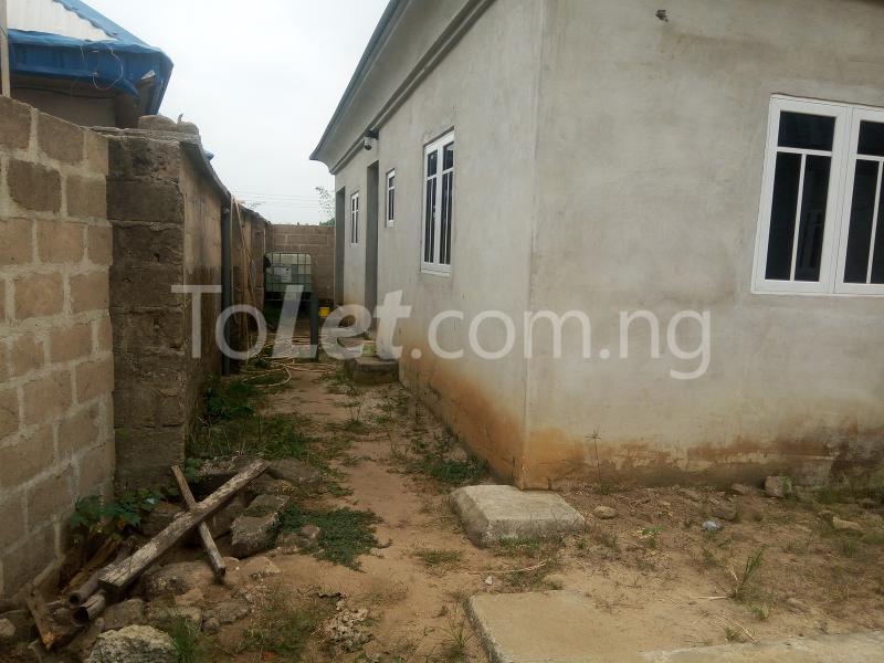 6 bedroom House for sale Ikot Akpan Abia, Off RIng road, Uyo. Uyo Akwa Ibom - 1