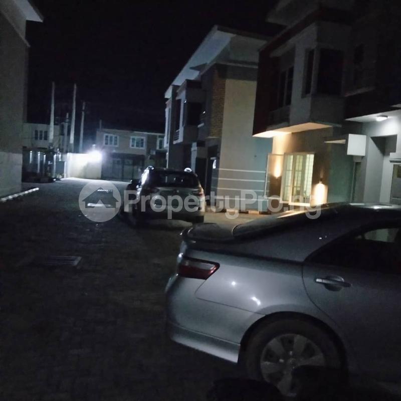 4 bedroom Semi Detached Duplex House for rent Lekki Phase 2 Lekki Lagos - 1