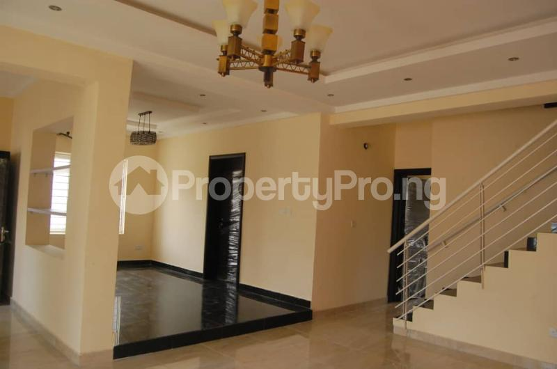4 bedroom Semi Detached Duplex House for rent Lekki Phase 2 Lekki Lagos - 0