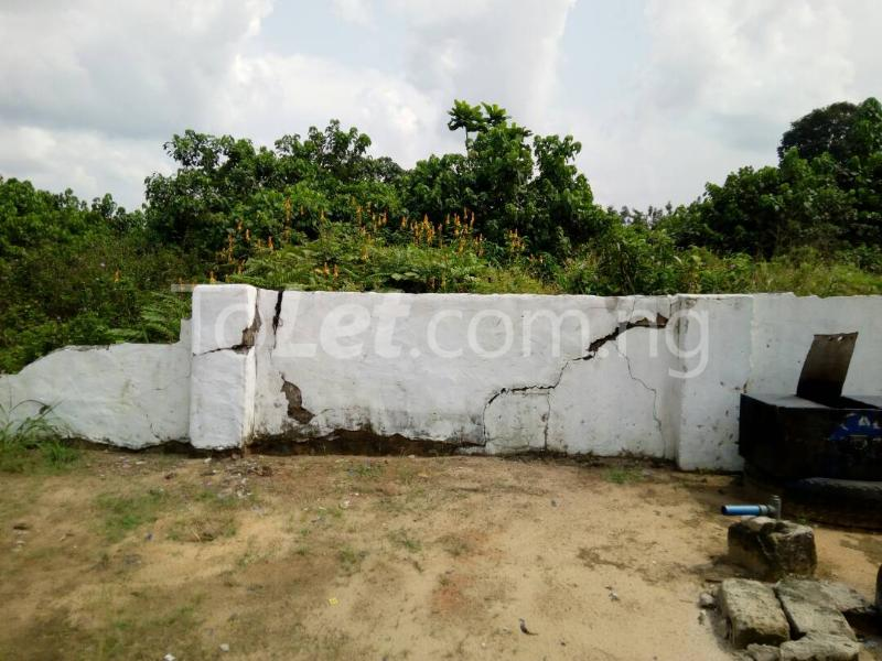 Land for sale Km 5, Effurun-sapele road, Effurun Warri Delta - 1