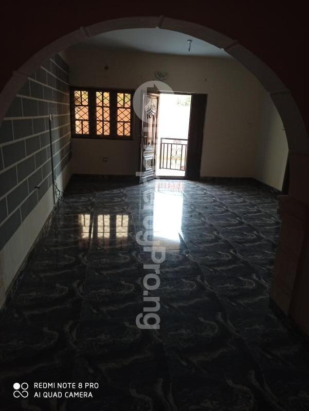 2 bedroom Flat / Apartment for rent   Egbeda Alimosho Lagos - 7