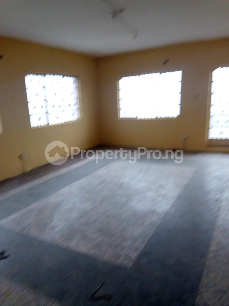 3 bedroom Blocks of Flats House for rent Ogunbekun street, ladi lak  Bariga Shomolu Lagos - 0