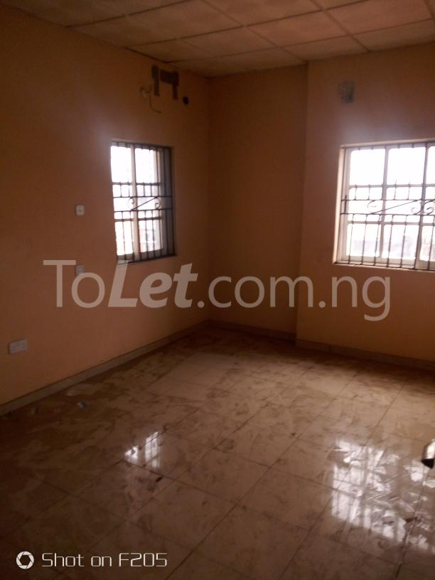 2 bedroom Office Space Commercial Property for rent along d major road, ago palace way, okota, isolo. Isolo Lagos - 3