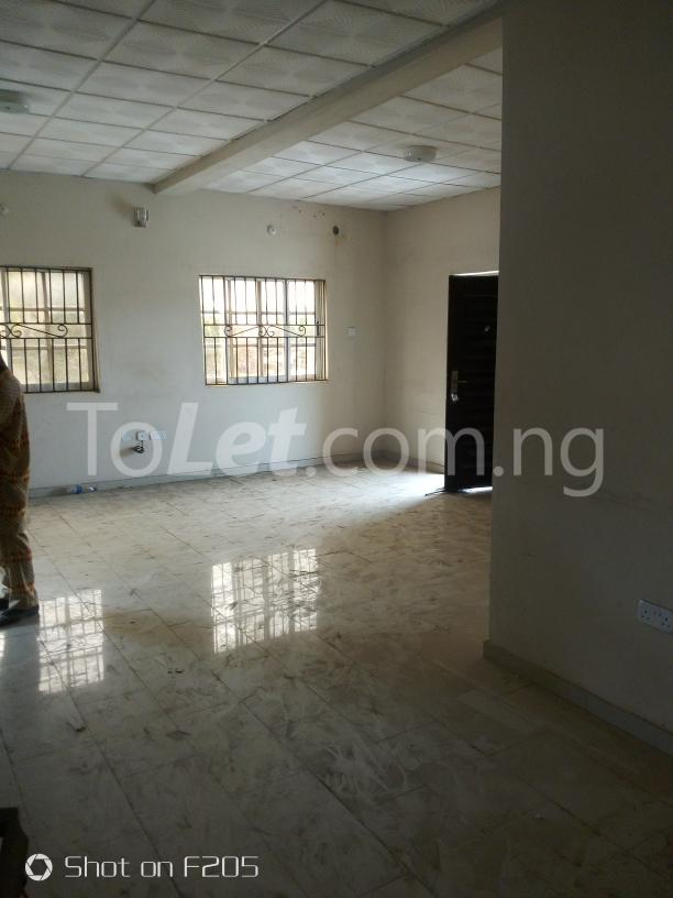 2 bedroom Office Space Commercial Property for rent along d major road, ago palace way, okota, isolo. Isolo Lagos - 8