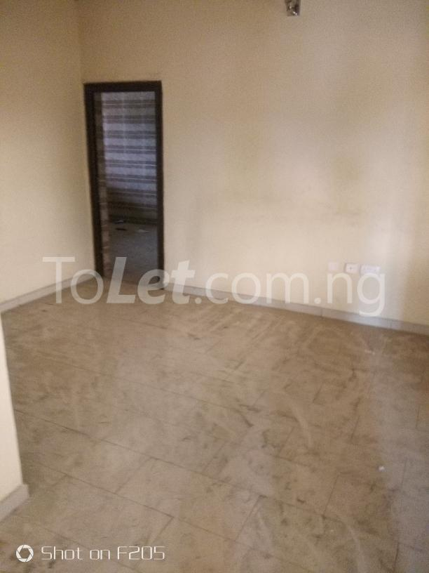 2 bedroom Office Space Commercial Property for rent along d major road, ago palace way, okota, isolo. Isolo Lagos - 7