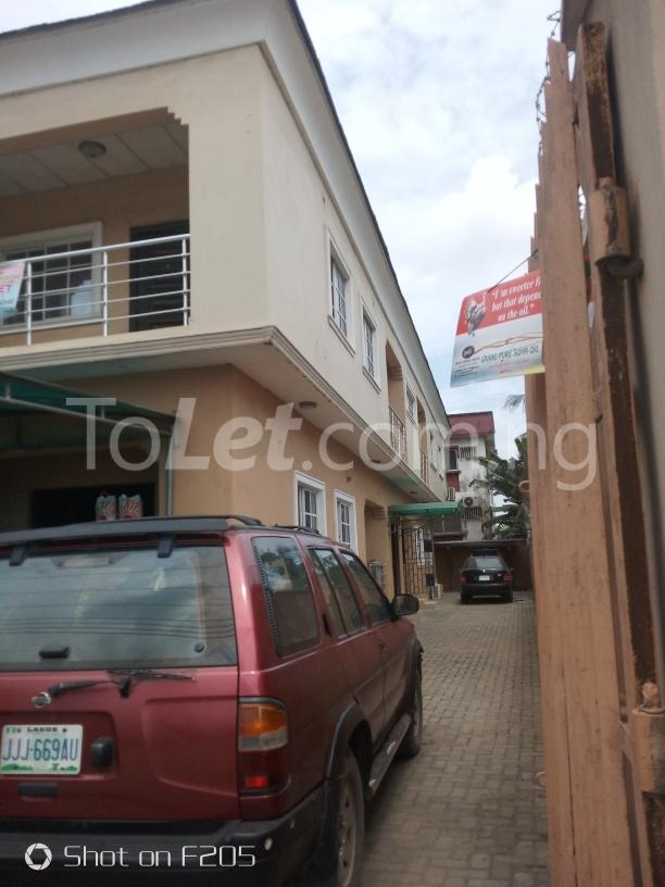 2 bedroom Office Space Commercial Property for rent along d major road, ago palace way, okota, isolo. Isolo Lagos - 1