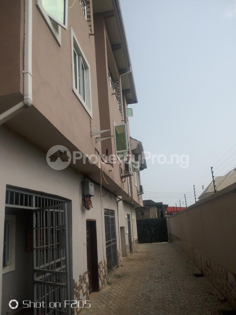 3 bedroom Flat / Apartment for rent Lake view estatet phase1 Amuwo Odofin Lagos - 12