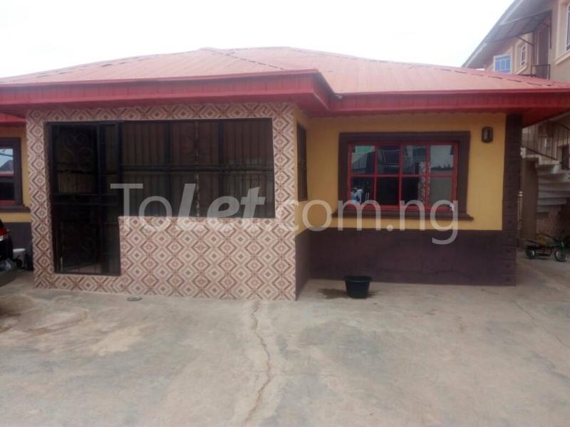 3 bedroom Flat / Apartment for rent Off Ire-akari Akala Express Ibadan Oyo - 4