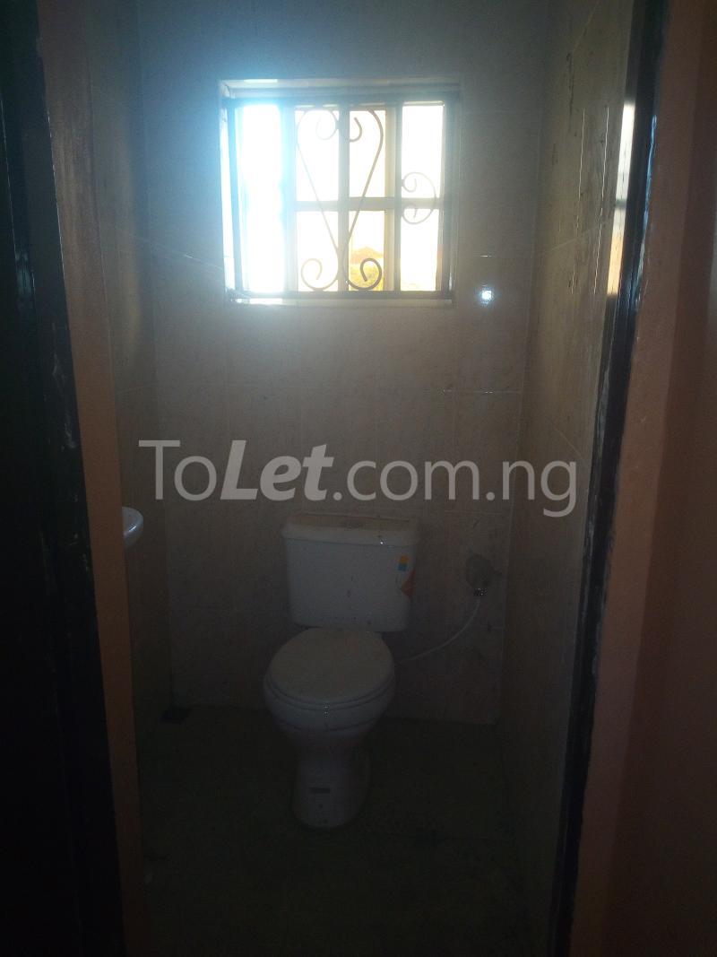 3 bedroom Terraced Duplex House for rent Adetokun, Ologuneru road Eleyele Ibadan Oyo - 11