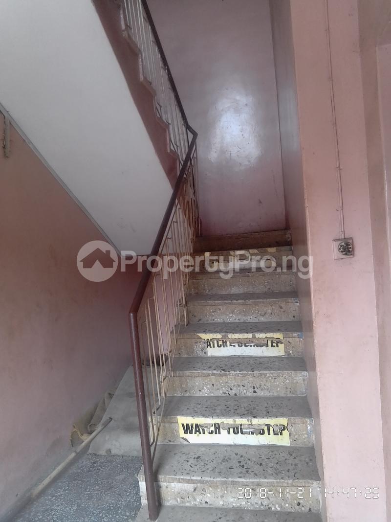 3 bedroom Flat / Apartment for rent Akinsanya Phase 1 Gbagada Lagos - 7