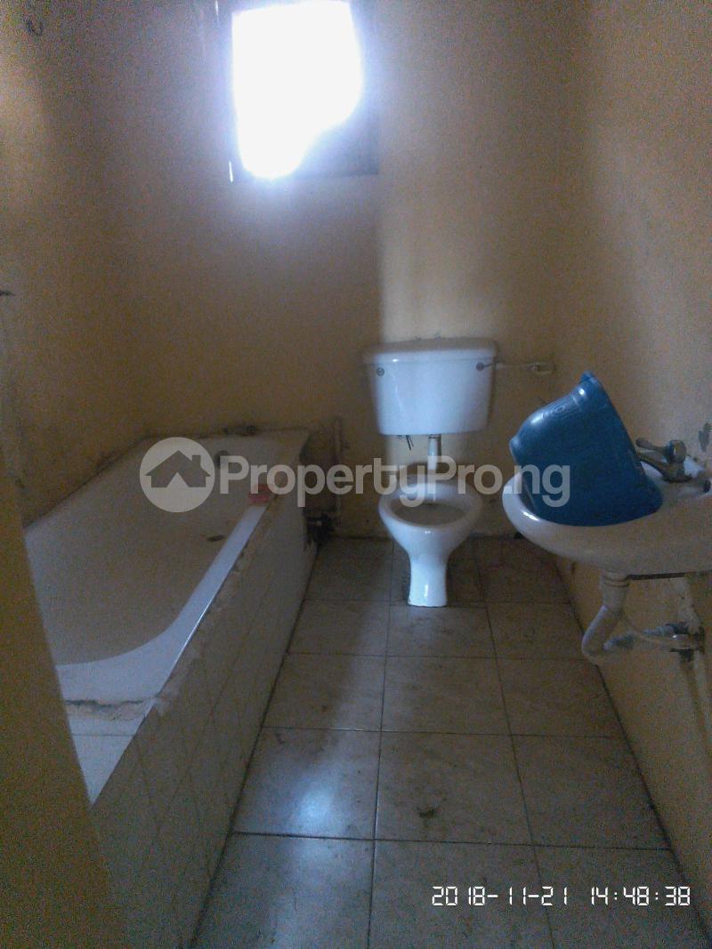 3 bedroom Flat / Apartment for rent Akinsanya Phase 1 Gbagada Lagos - 2
