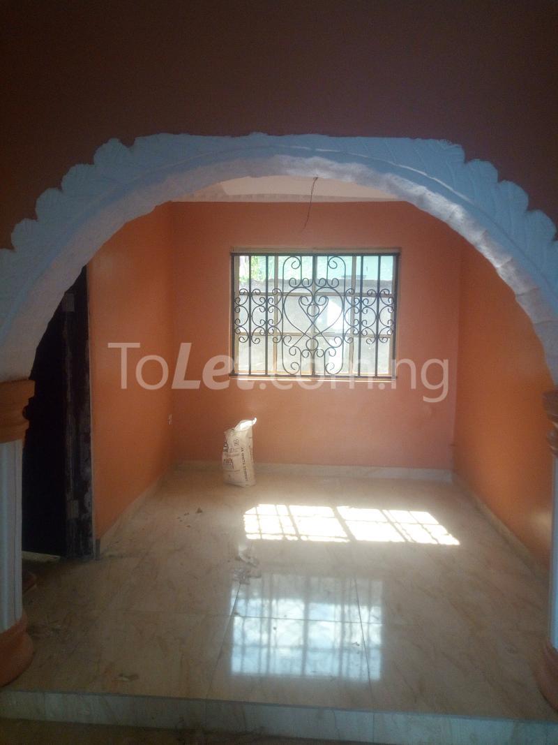 3 bedroom Terraced Duplex House for rent Adetokun, Ologuneru road Eleyele Ibadan Oyo - 9