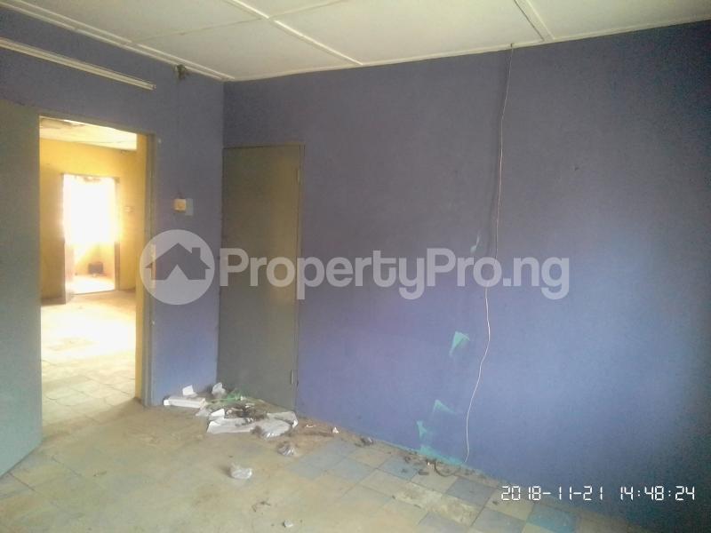 3 bedroom Flat / Apartment for rent Akinsanya Phase 1 Gbagada Lagos - 4
