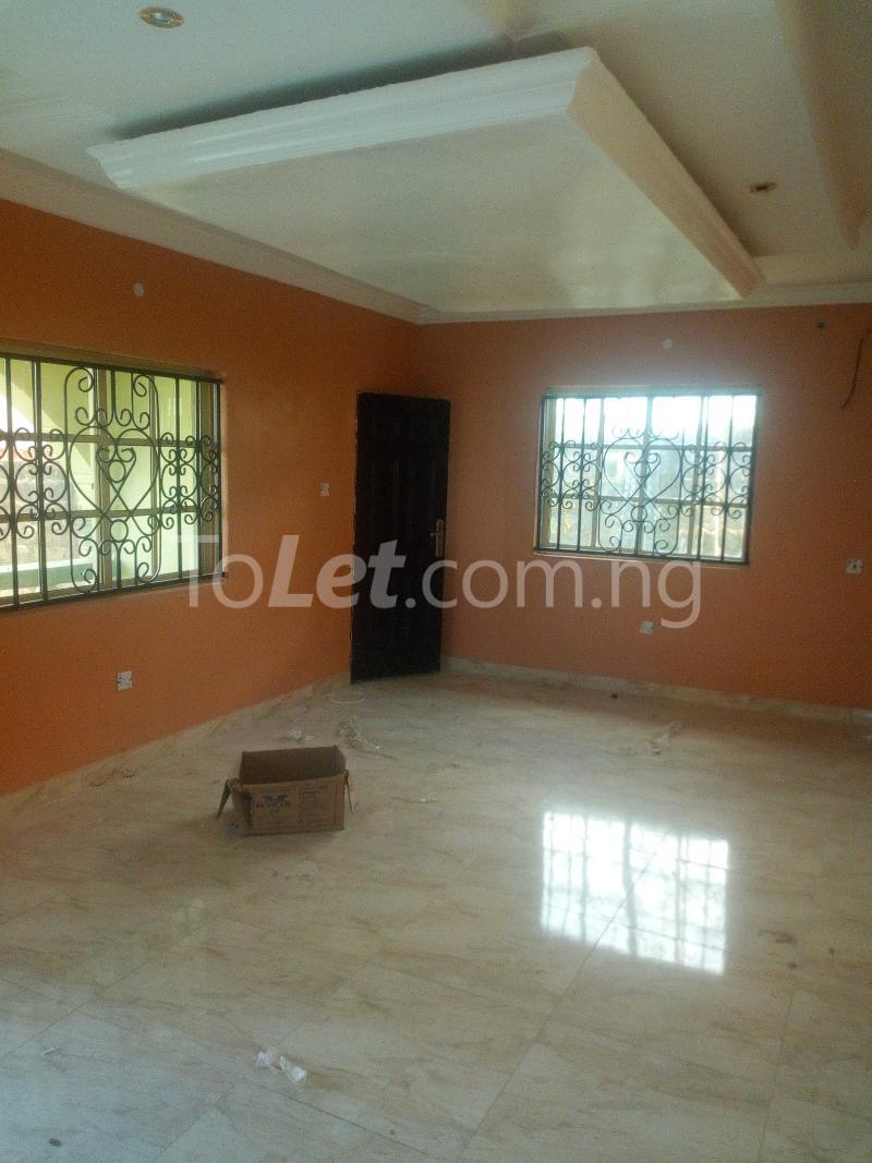 3 bedroom Terraced Duplex House for rent Adetokun, Ologuneru road Eleyele Ibadan Oyo - 10