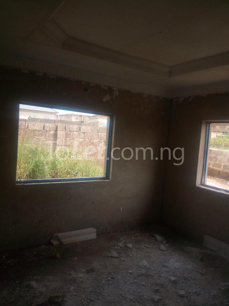 3 bedroom Flat / Apartment for sale Akuru, Elebu Akala Express Ibadan Oyo - 6