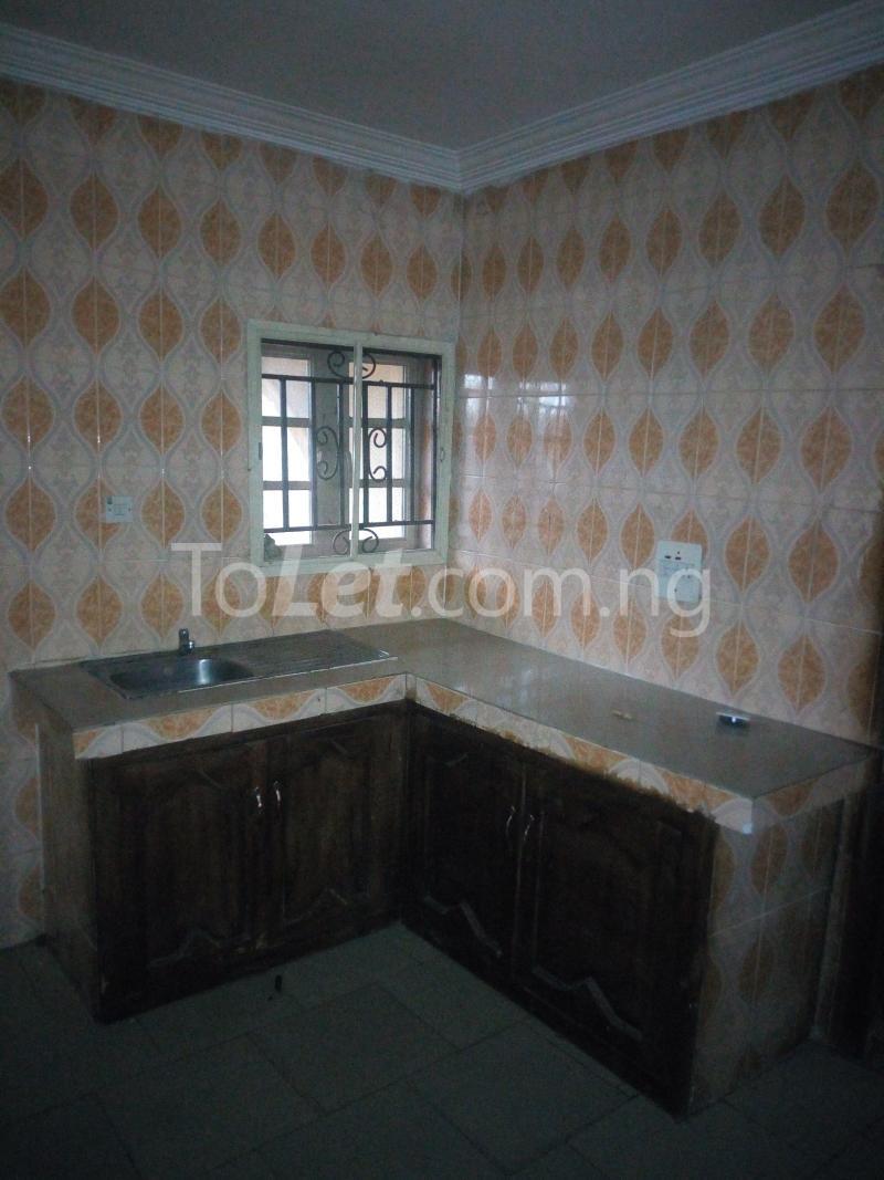 3 bedroom Flat / Apartment for rent Gbekugba Idishin Ibadan Oyo - 8