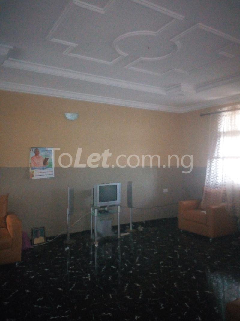3 bedroom Flat / Apartment for rent Ologuneru Eleyele Ibadan Oyo - 2