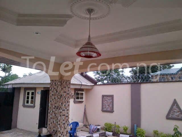 3 bedroom House for sale Ologede Estate Off Akala Express, New Garage  Ibadan Oyo - 0