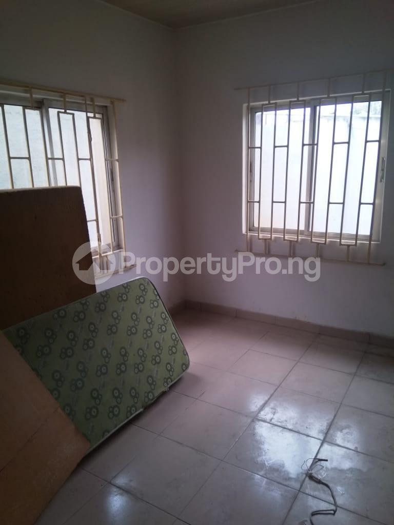 3 bedroom Detached Bungalow House for rent Shomade Crescent Adeniran Ogunsanya Surulere Lagos - 4