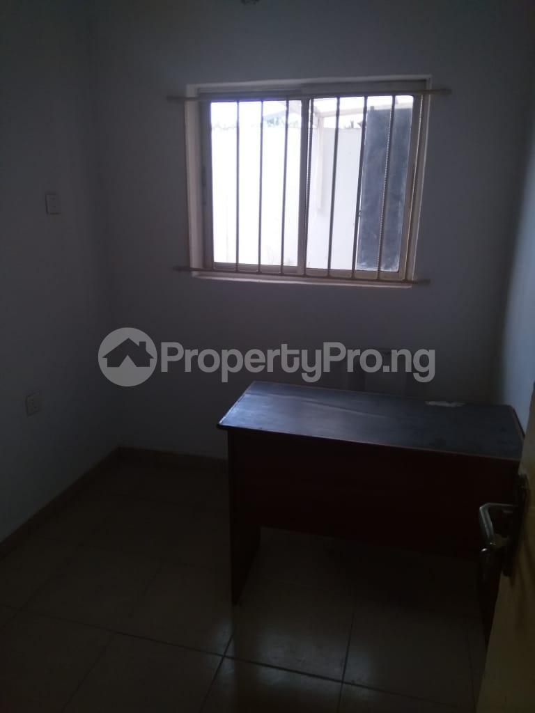 3 bedroom Detached Bungalow House for rent Shomade Crescent Adeniran Ogunsanya Surulere Lagos - 0