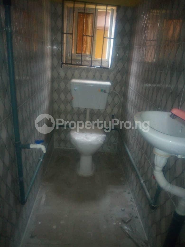 3 bedroom Detached Bungalow House for rent . Surulere Lagos - 2
