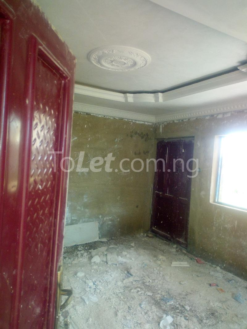 3 bedroom Flat / Apartment for sale Akuru, Elebu Akala Express Ibadan Oyo - 2