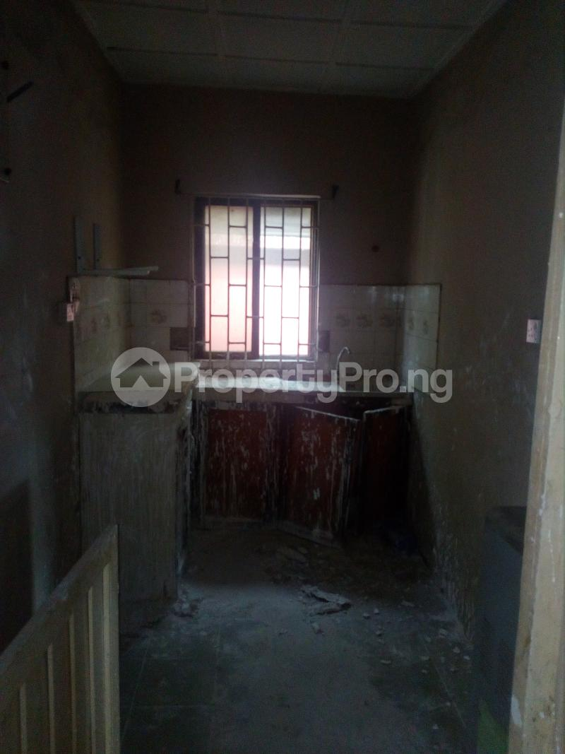 3 bedroom Self Contain Flat / Apartment for sale Alaka Estate  Alaka/Iponri Surulere Lagos - 1