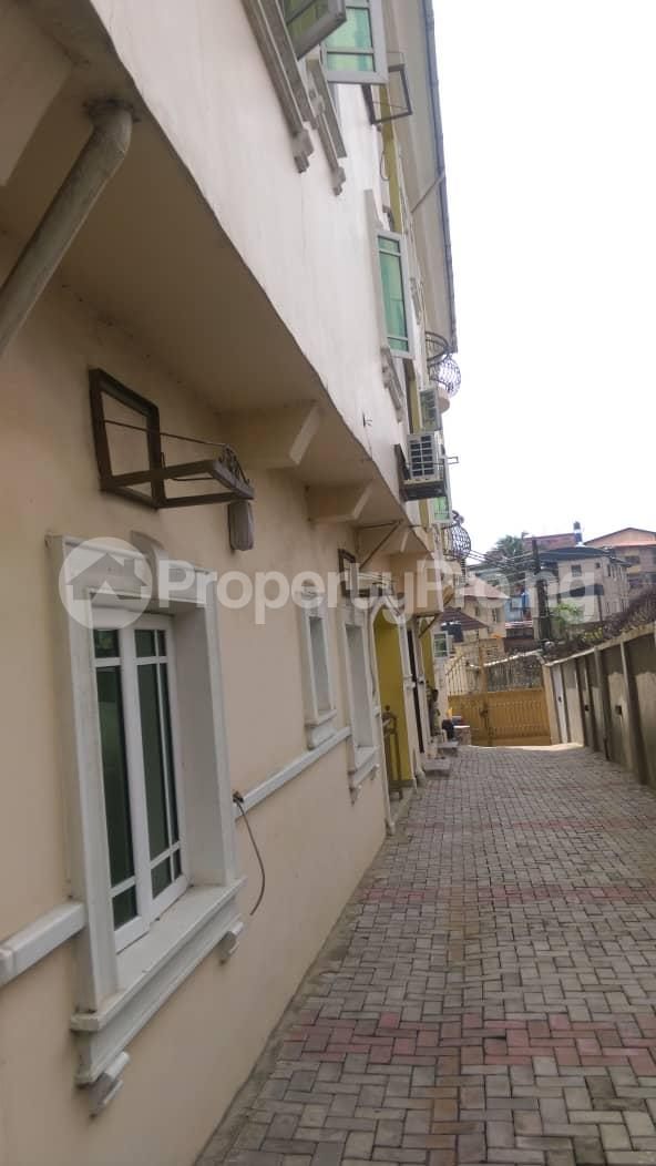 3 bedroom Flat / Apartment for rent Ajao Estate Anthony Village Maryland Lagos - 1