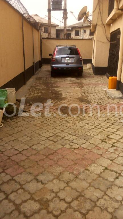 3 bedroom Flat / Apartment for rent ogudu Ogudu-Orike Ogudu Lagos - 20