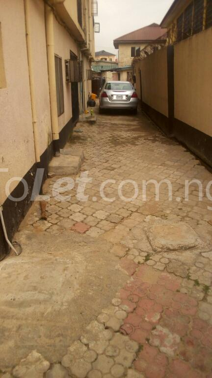 3 bedroom Flat / Apartment for rent ogudu Ogudu-Orike Ogudu Lagos - 4