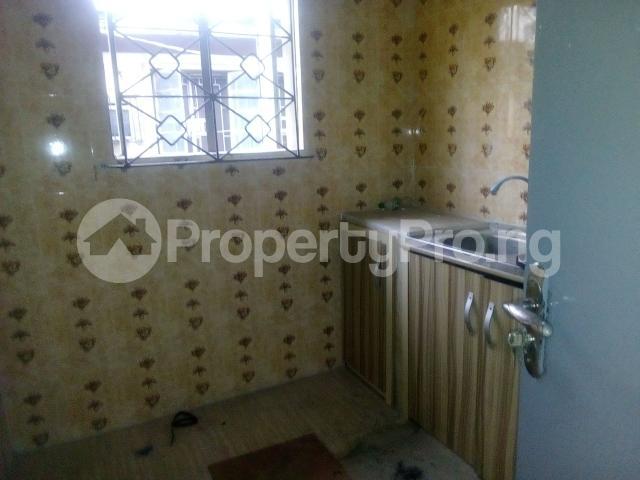 3 bedroom Flat / Apartment for rent off adekunle adekuye Adelabu Surulere Lagos - 5
