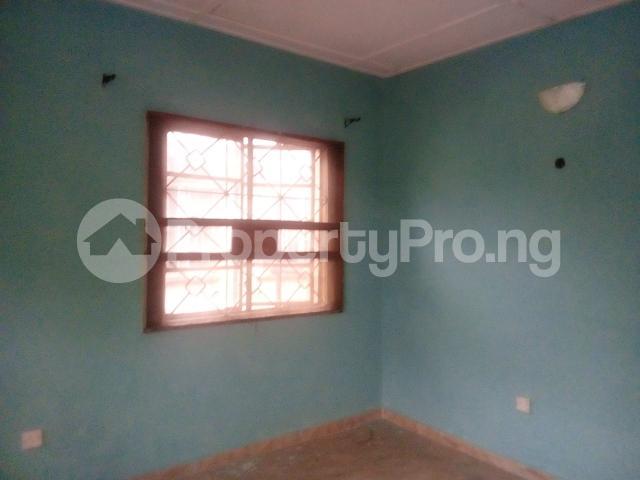3 bedroom Flat / Apartment for rent off adekunle adekuye Adelabu Surulere Lagos - 3