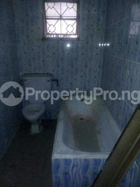 3 bedroom Flat / Apartment for rent off adekunle adekuye Adelabu Surulere Lagos - 8