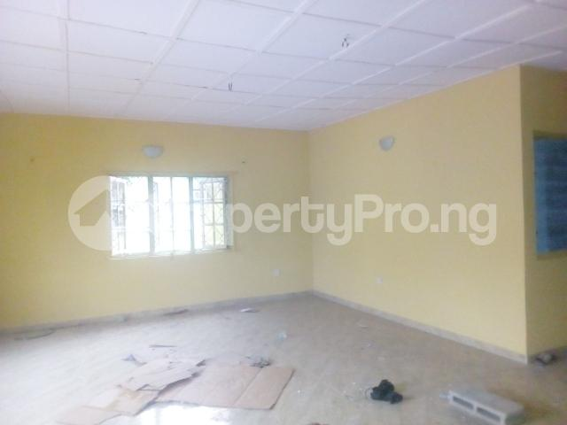 3 bedroom Flat / Apartment for rent off adekunle adekuye Adelabu Surulere Lagos - 2