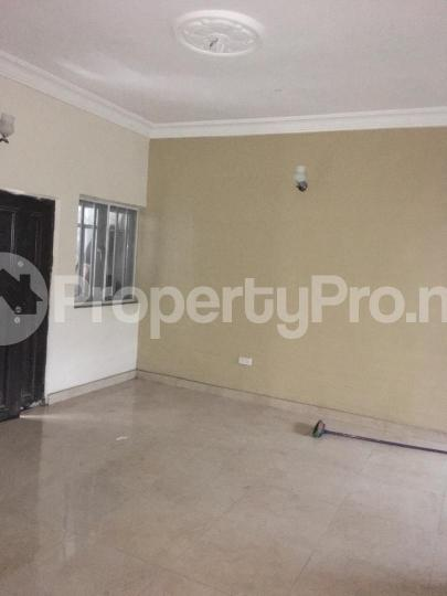 3 bedroom Flat / Apartment for rent odogbolu street off adetola  Aguda Surulere Lagos - 1