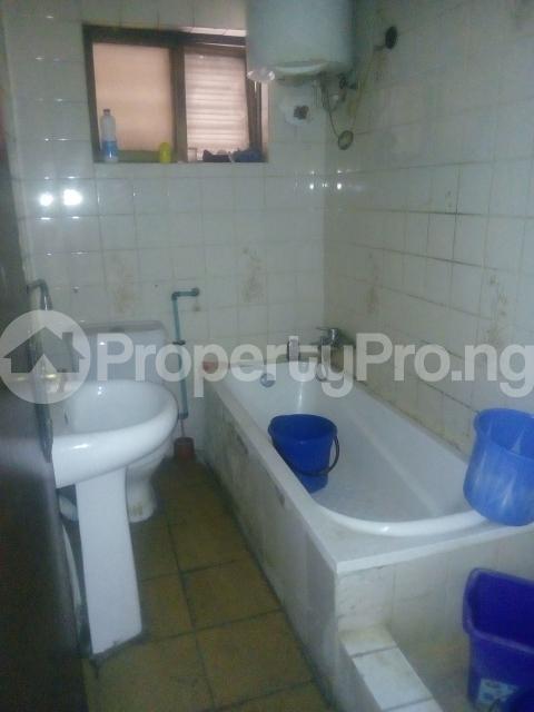 3 bedroom Flat / Apartment for rent Williams estate off  Adelabu Surulere Lagos - 9