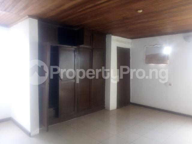 3 bedroom Flat / Apartment for rent Williams estate off  Adelabu Surulere Lagos - 5