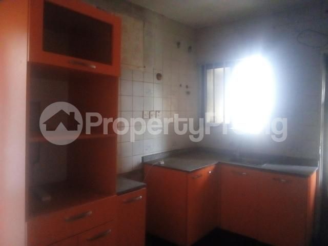 3 bedroom Flat / Apartment for rent Williams estate off  Adelabu Surulere Lagos - 7