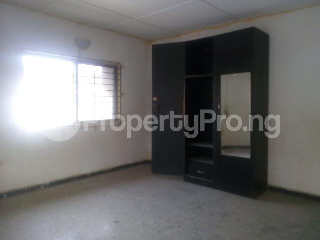 3 bedroom Flat / Apartment for rent yemi babalola street off olatunde onimole Aguda Surulere Lagos - 4