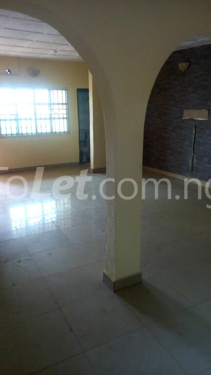3 bedroom Flat / Apartment for rent ogudu Ogudu-Orike Ogudu Lagos - 0