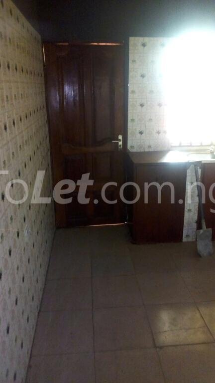 3 bedroom Flat / Apartment for rent ogudu Ogudu-Orike Ogudu Lagos - 34