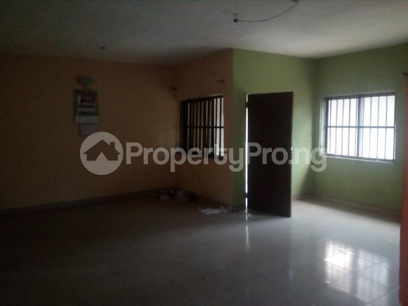 3 bedroom Self Contain Flat / Apartment for rent James island off chief Natufe Bab Animasaun  Bode Thomas Surulere Lagos - 3