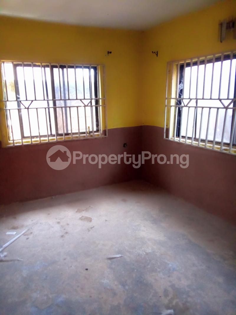 3 bedroom Mini flat Flat / Apartment for rent Igbaye Street behind akewusola central pharmacy, ilesha Ilesha East Osun - 1