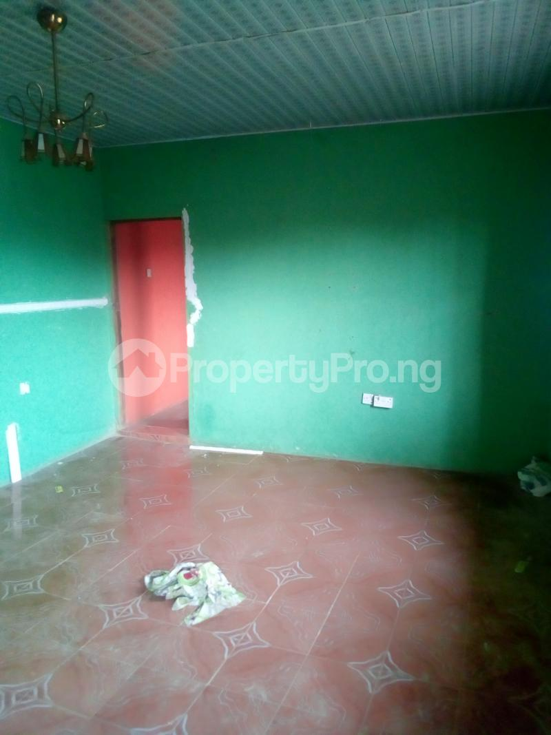 3 bedroom Mini flat Flat / Apartment for rent Igbaye Street behind akewusola central pharmacy, ilesha Ilesha East Osun - 2