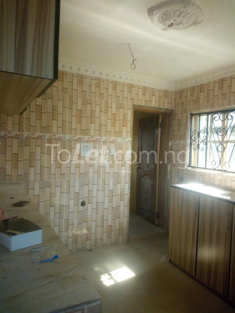 3 bedroom Terraced Duplex House for rent Adetokun, Ologuneru road Eleyele Ibadan Oyo - 8